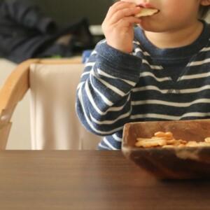 赤ちゃんの遊び食べの対処法はある?