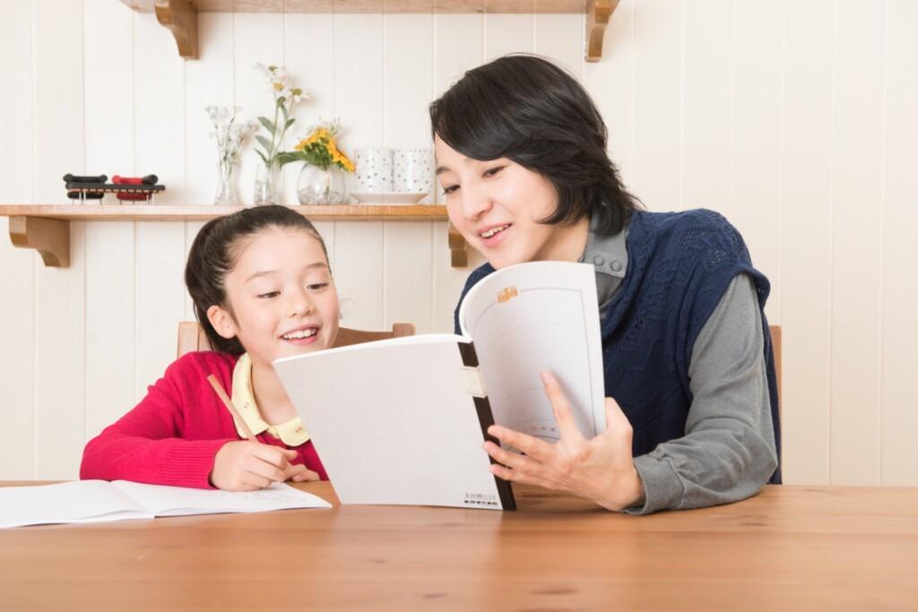 シュタイナー教育を家庭で取り入れるには?