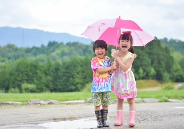 雨の日でも楽しめる!小さな子どもと遊べる場所は?